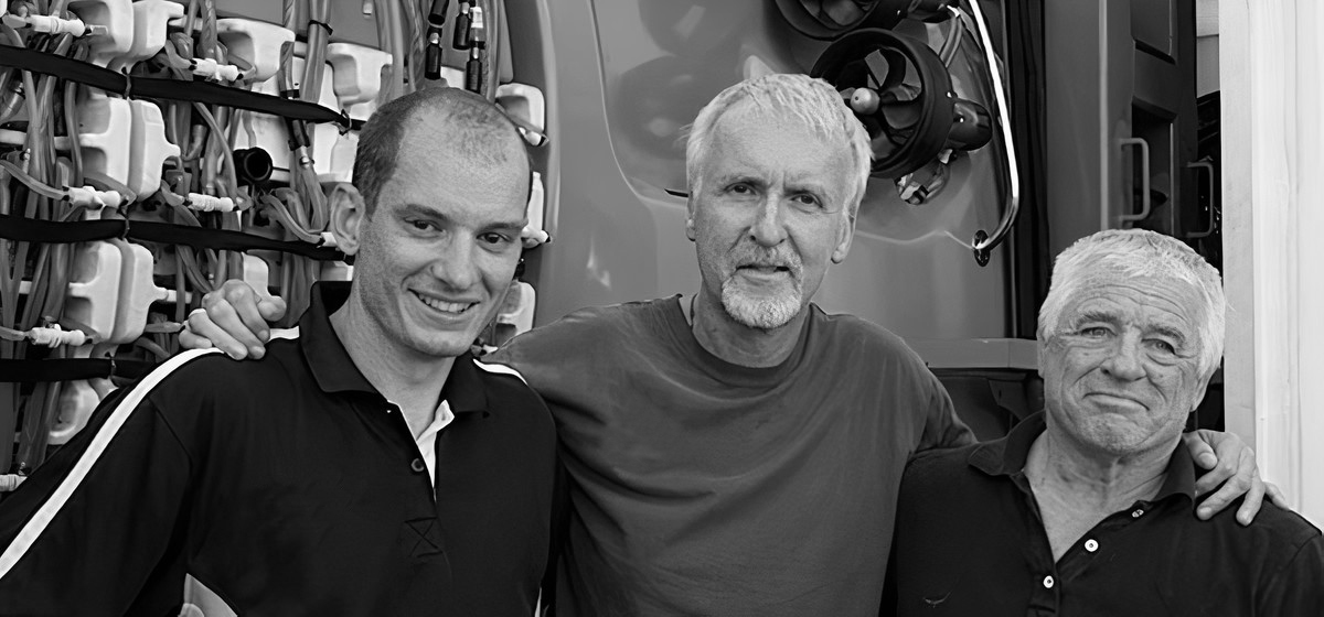 Photo of Tritium's James Kennedy with James Cameron for Deepsea Challenger